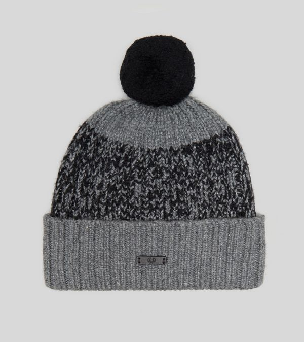 e2552821ef1 ... black white bobble hat f8222 23ca1  promo code for fred perry bobble hat  6833d efa3e