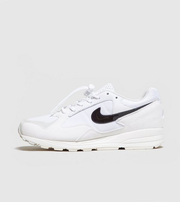 Nike x Fear Of God Skylon II Femme   Size  0e95930676aa