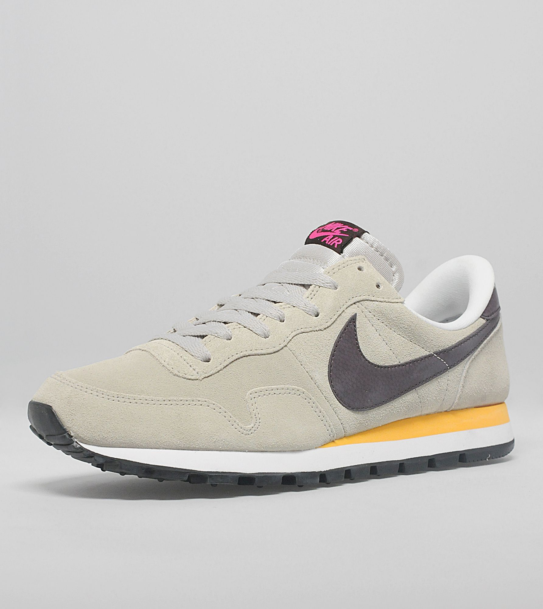 Nike Pegasus 83