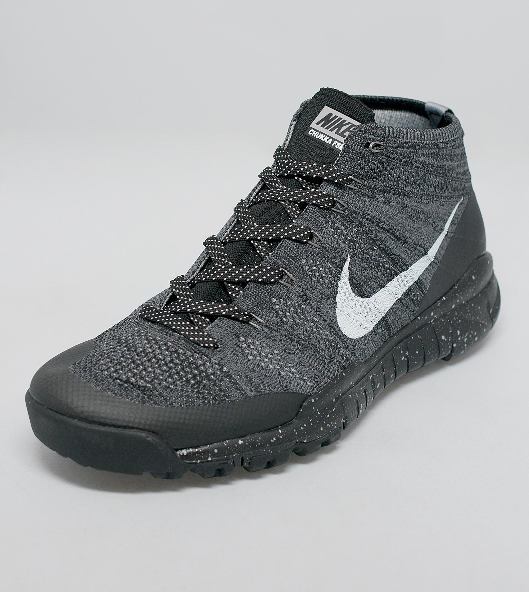 90f40710e889 Nike Flyknit Trainer Chukka Size 14