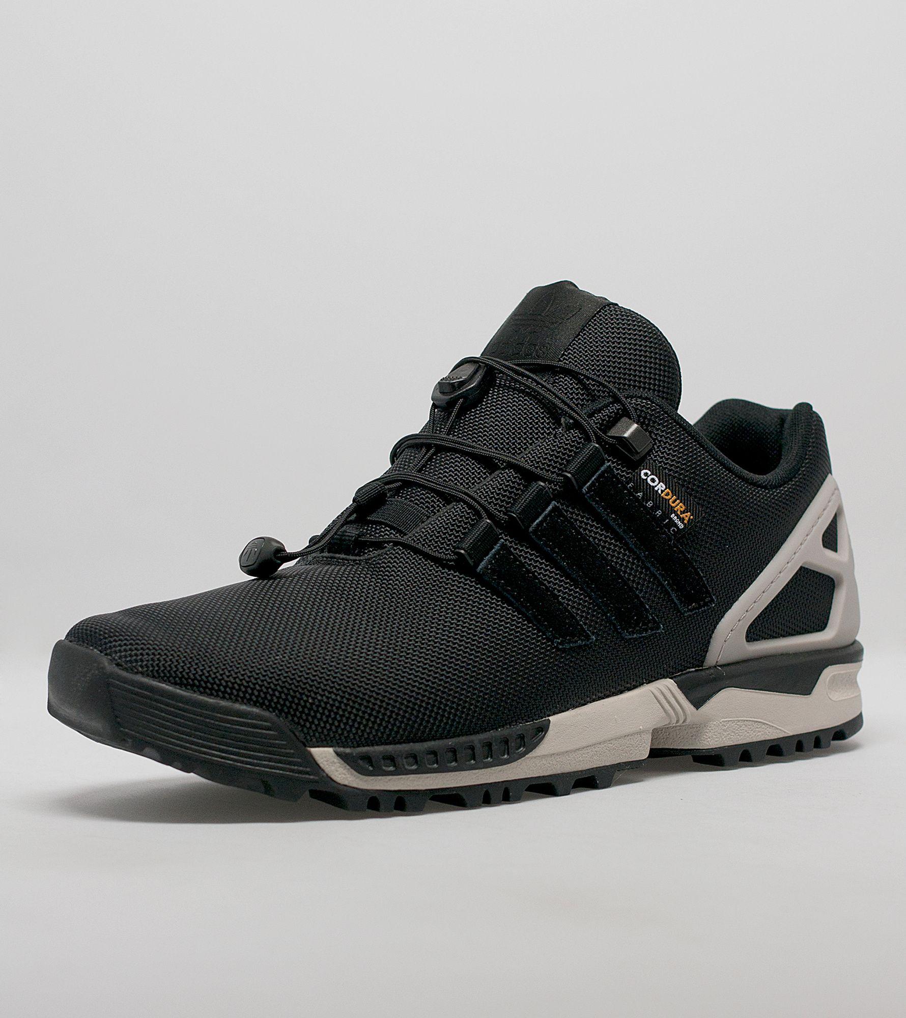 ¿Adidas Originals ZX flujo invierno talla?