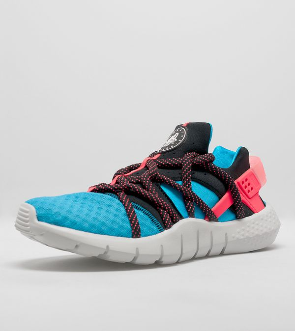 size 40 2cefa 1896d Nike Air Huarache NM