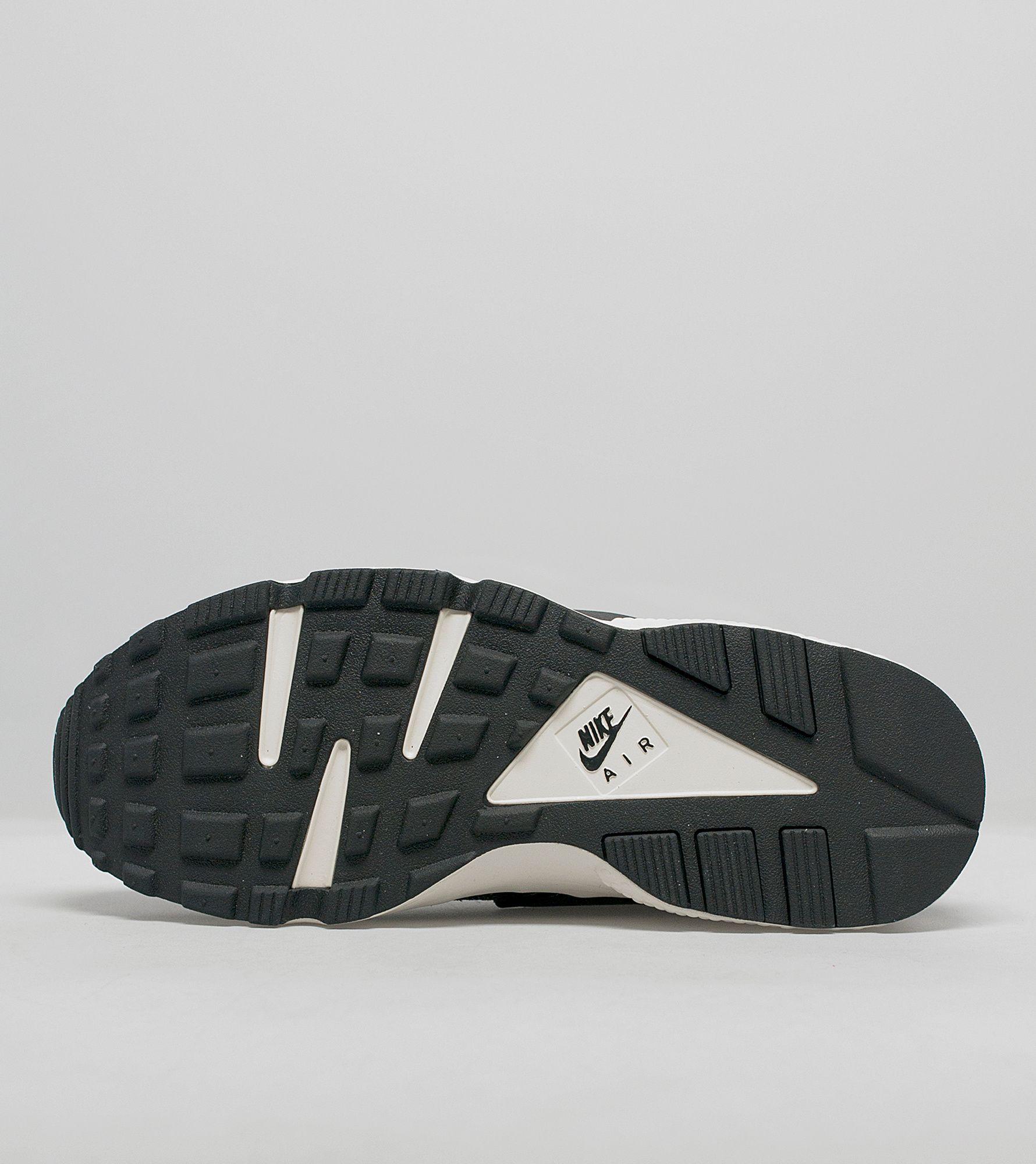 Nike Air Huarache 'Stingray Pack'