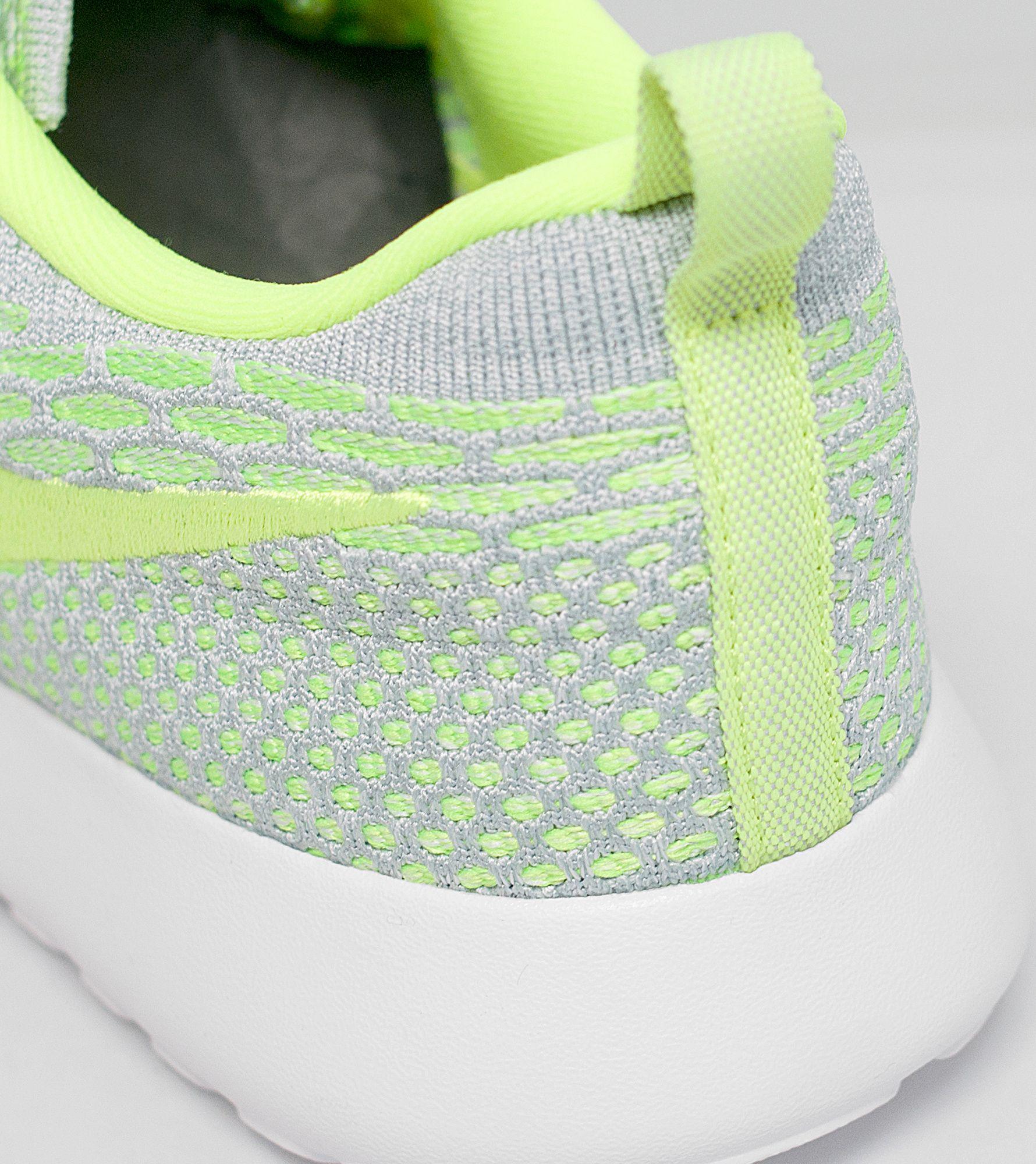nckcm Nike Roshe One Flyknit Women's | Size?