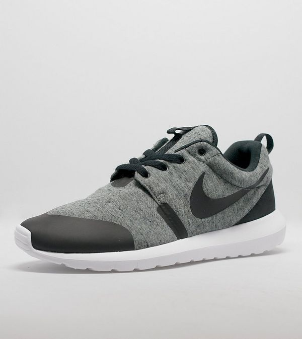 check out 83b7c 0328f Nike Roshe One Fleece