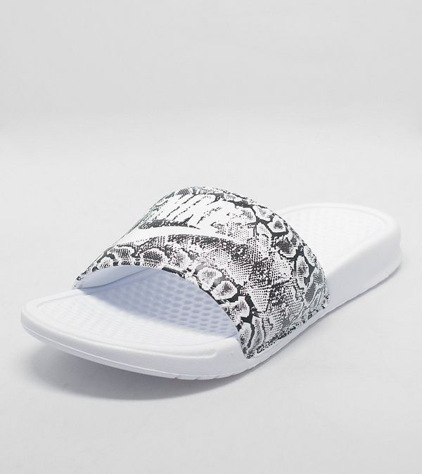 85b7aba0a68b22 Nike Benassi Just Do It Slides Women s