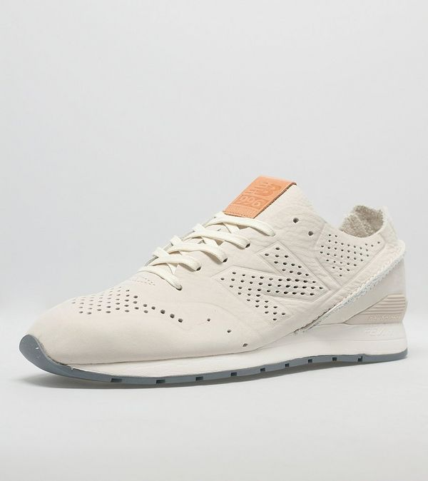 new balance 996 deconstructed beige