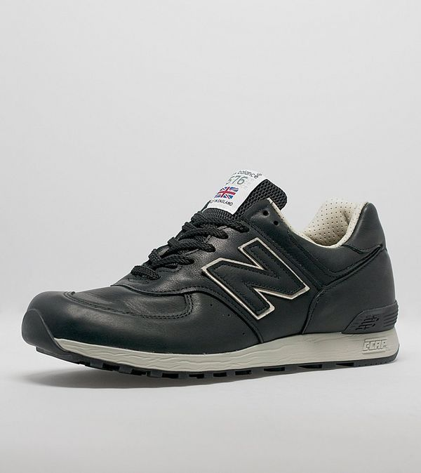22f66b624bd5d7 new balance 576 black leather