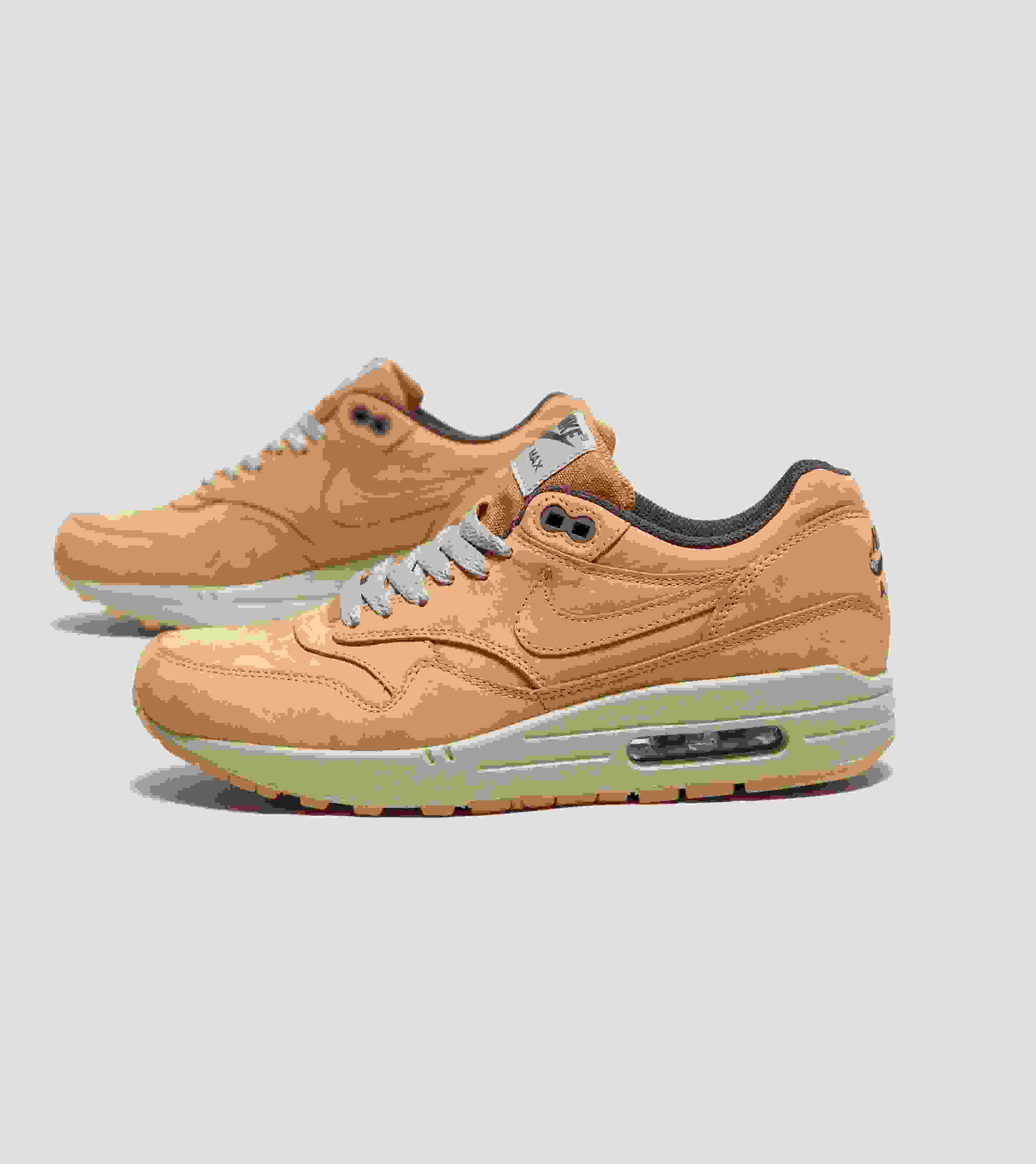 a9ad4c4a0c70 leather nike air max premium The ...