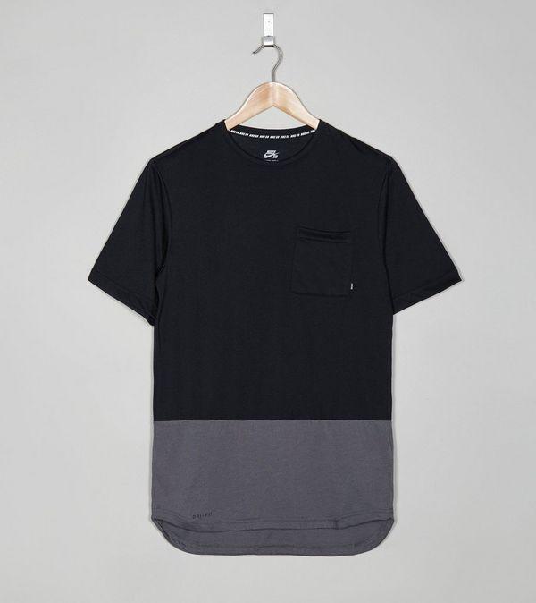 Nike sb foundation dri fit pocket t shirt size for Cheap nike sb shirts