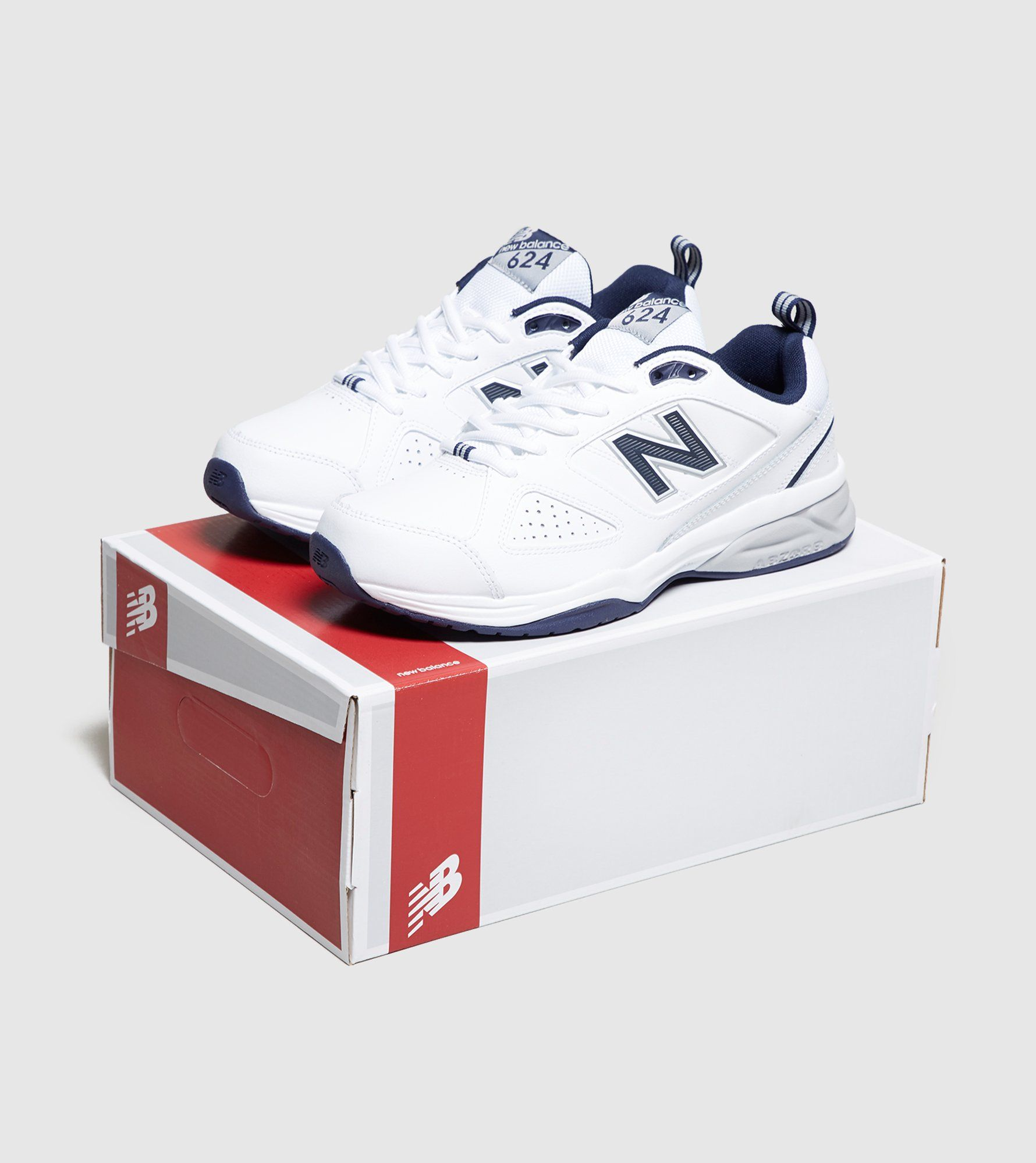 New Balance 624V4 Fitness Shoes