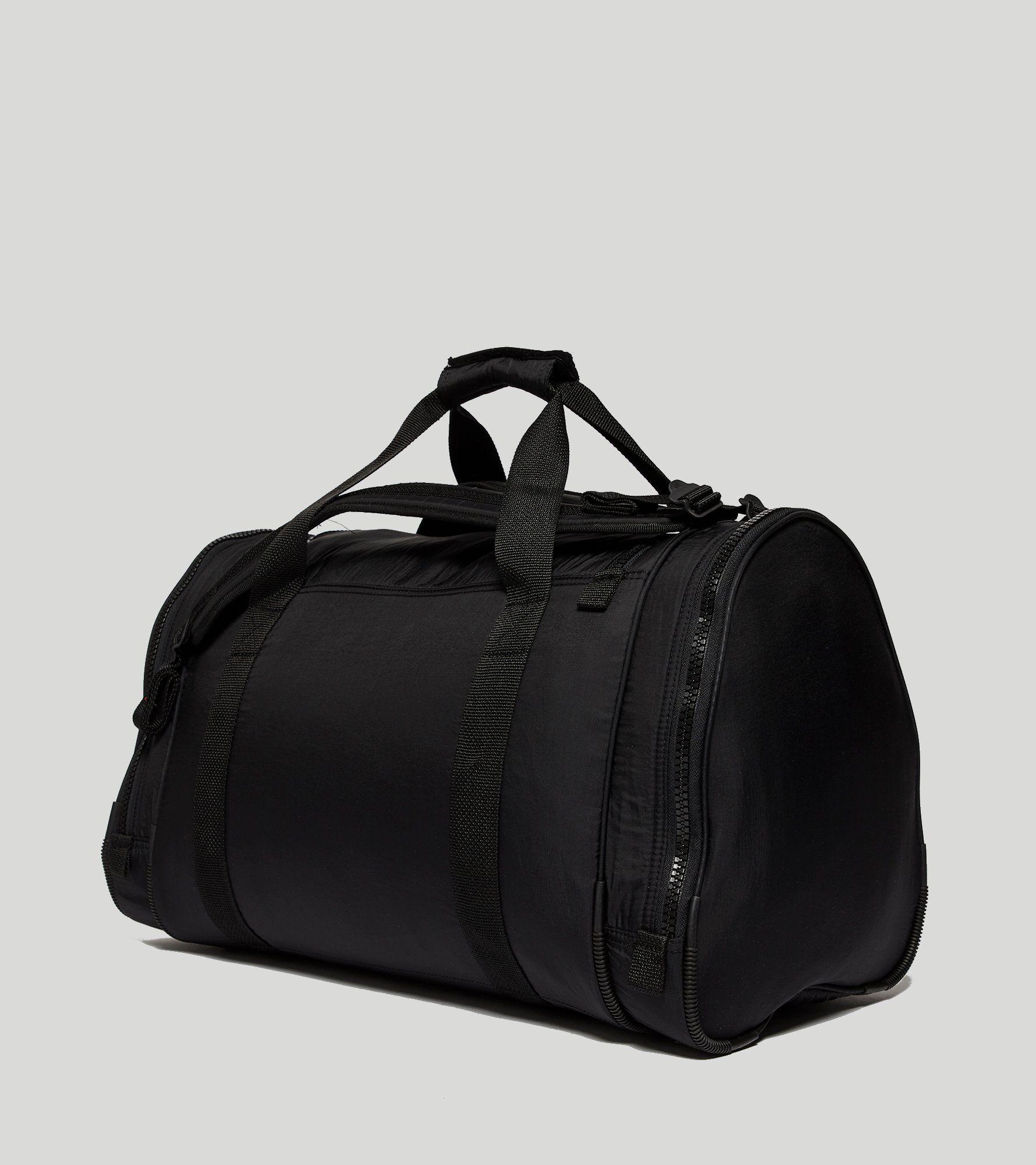 ¿Adidas Originals EQT bolso tamaño de bolsa?