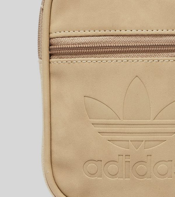 b3982b2ea8 adidas Originals Suede Hip Bag