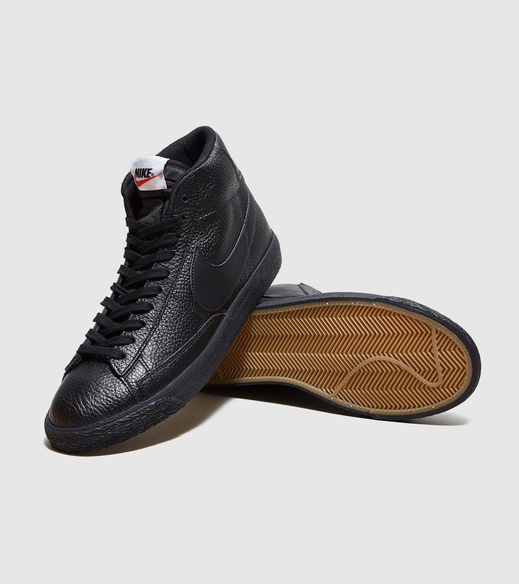 Nike Blazer En Cuir Cru Salut