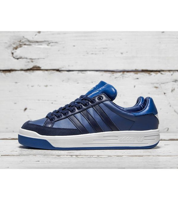 bc53e91386d1e0 adidas Consortium by White Mountaineering Court