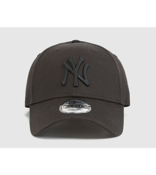 New Era MLB 9FORTY New York Yankees Cap  2d8a1eba04ca