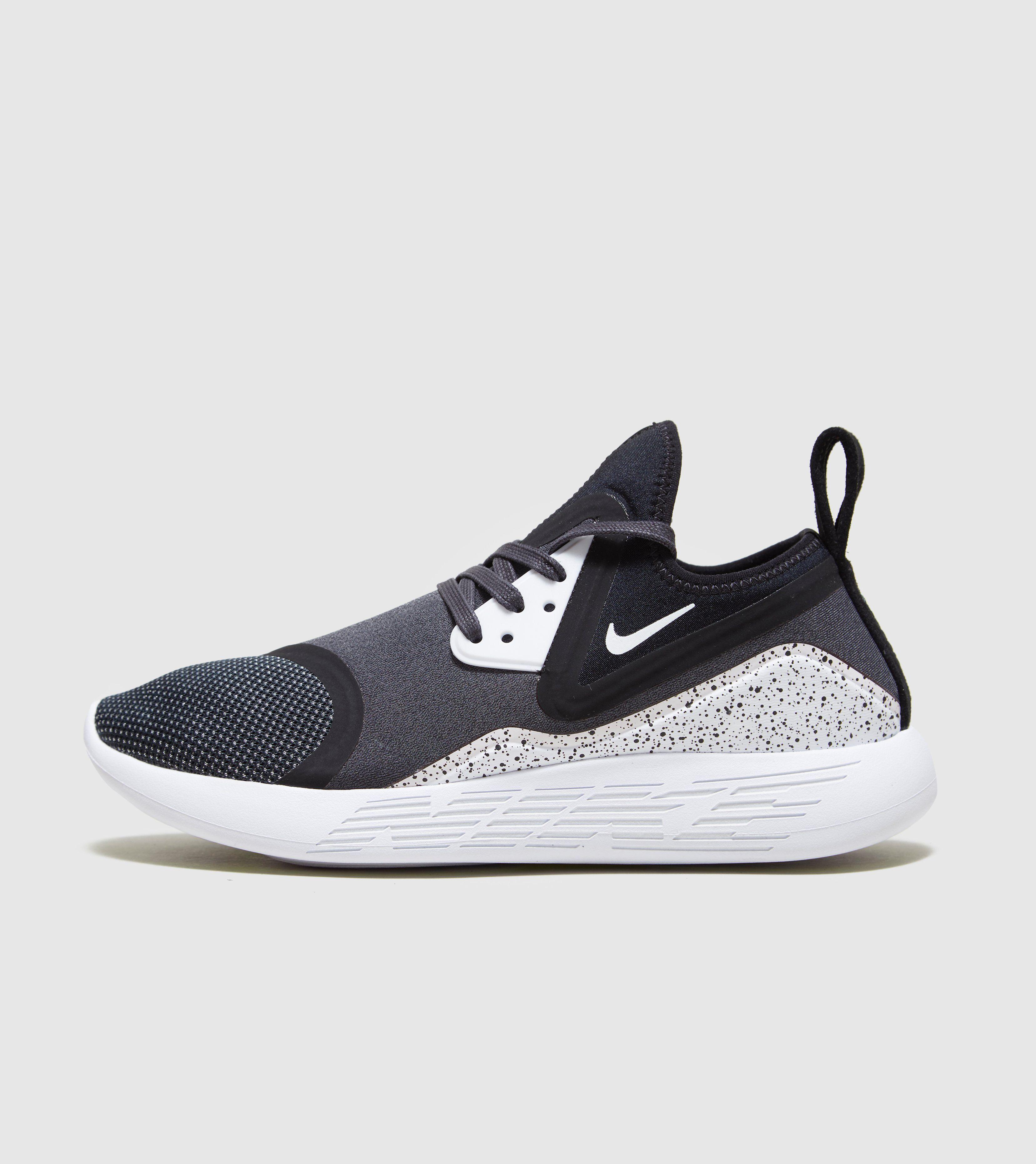 0a07c31fd93 Nike Lunarcharge Essential