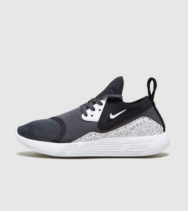 36d397bb767b Nike Lunarcharge Essential