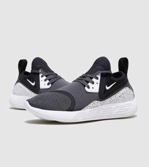 b8b365f1d77d Nike Lunarcharge Essential