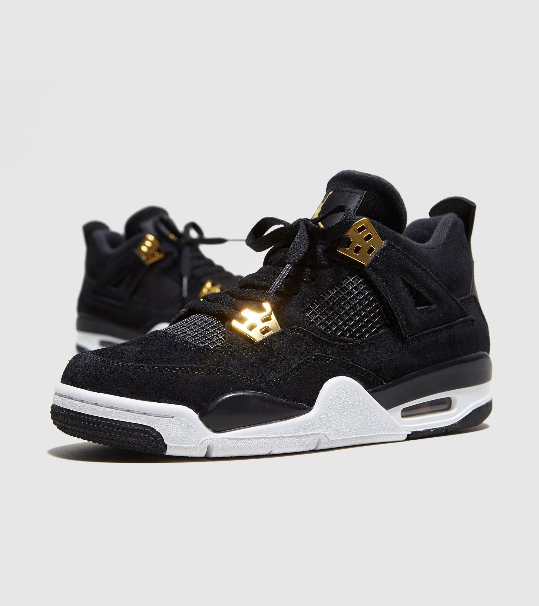 the air jordan 4 x levi stubbs