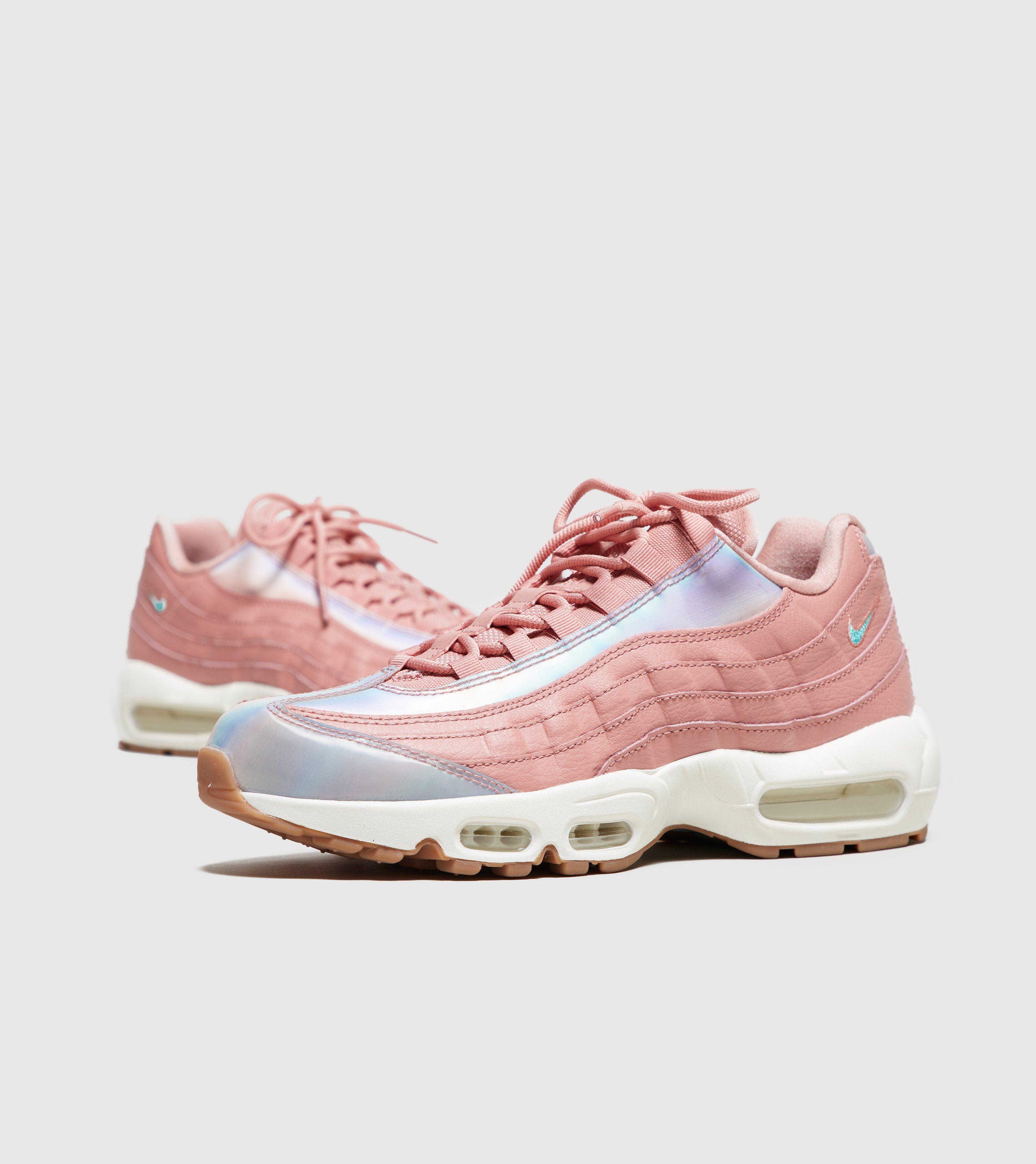 29a6dd88e151 ... Nike Air Max 95 Women s .