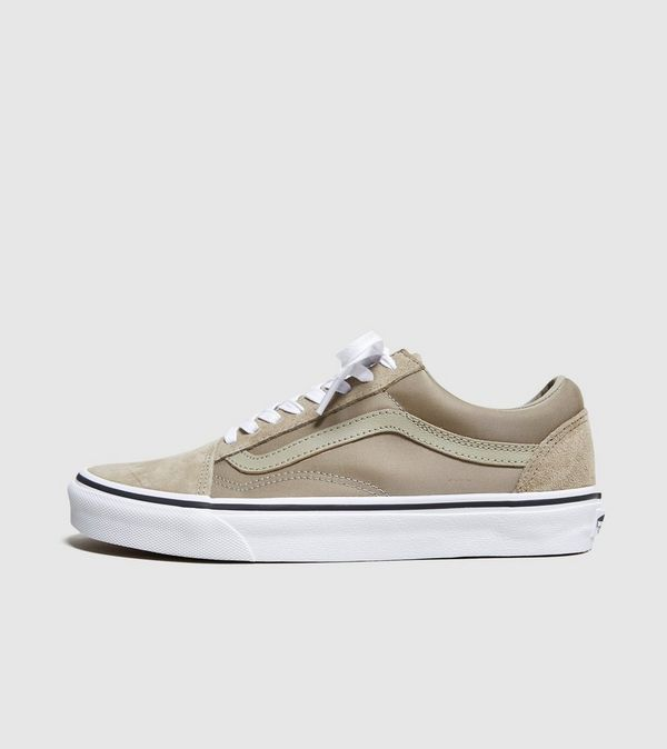 beige vans old skool womens