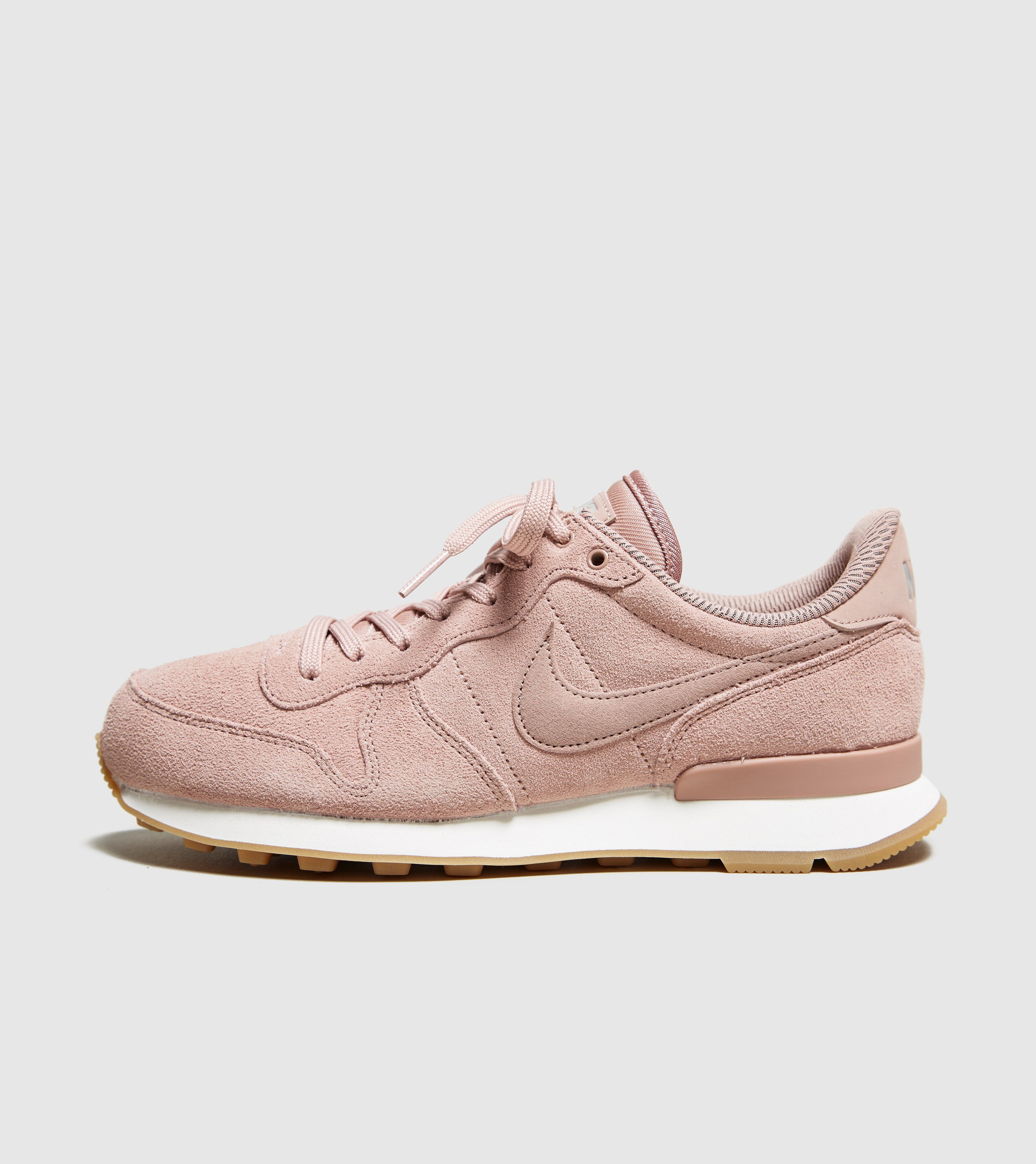 Nike Internationalist SE Women's