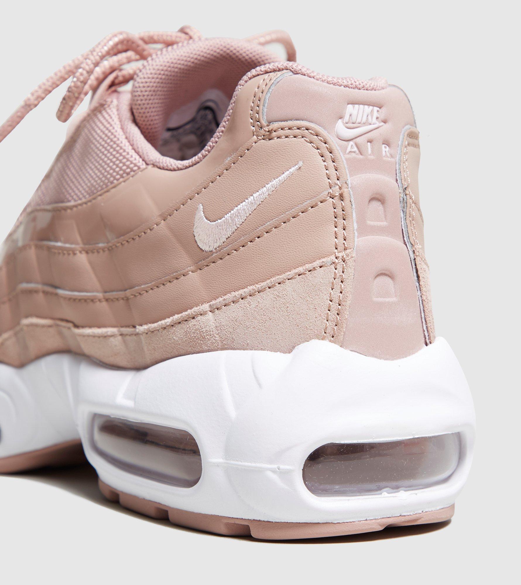 cheap for discount eea88 f2265 ... Valeur Nike Air b0fe436 Max 95 Femme Chaussures De Gymnastique LAVO1271  8799896f d968a5b air max 95 femme efc66eee ...