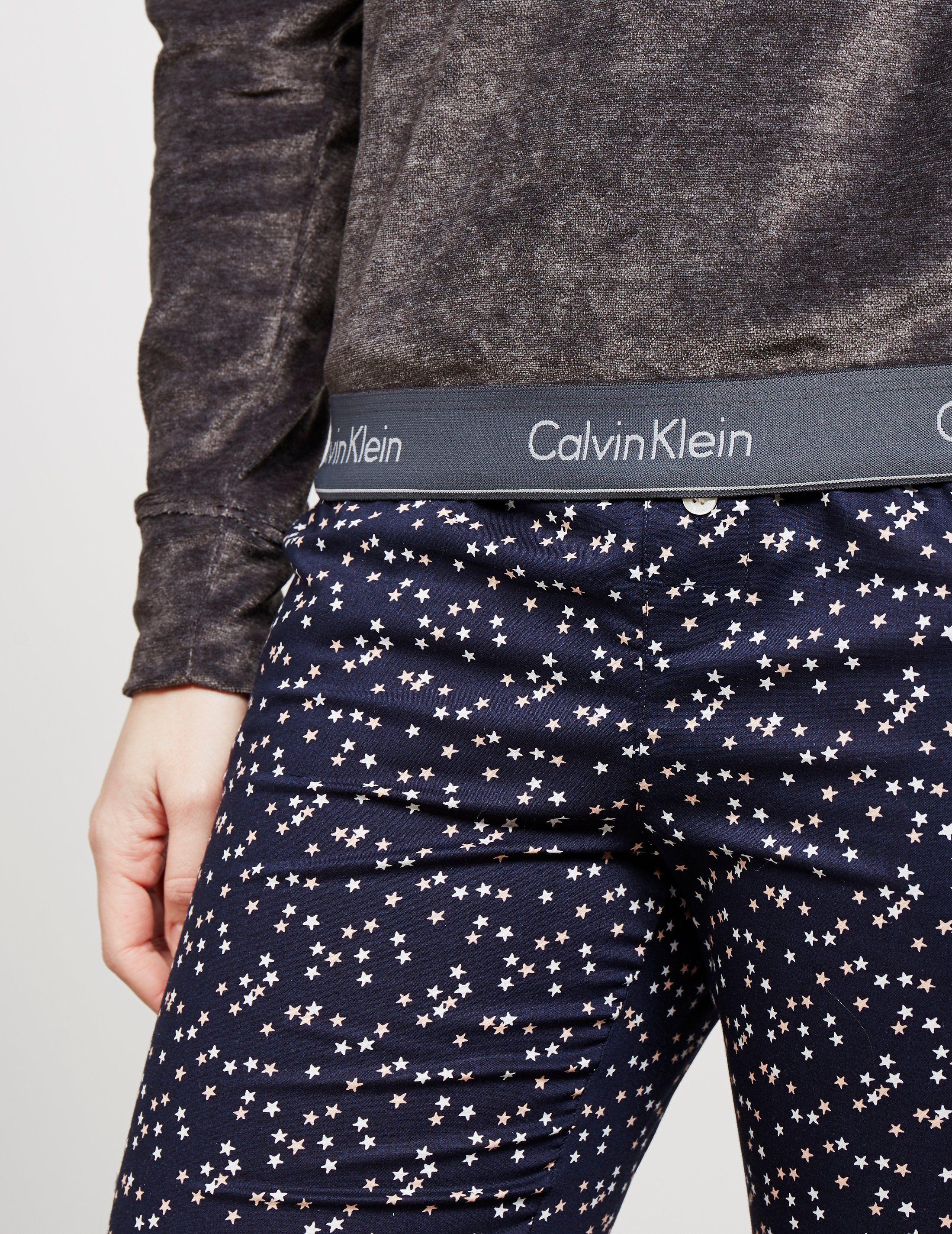 Calvin Klein Modern Cotton Velour Crew Sweatshirt
