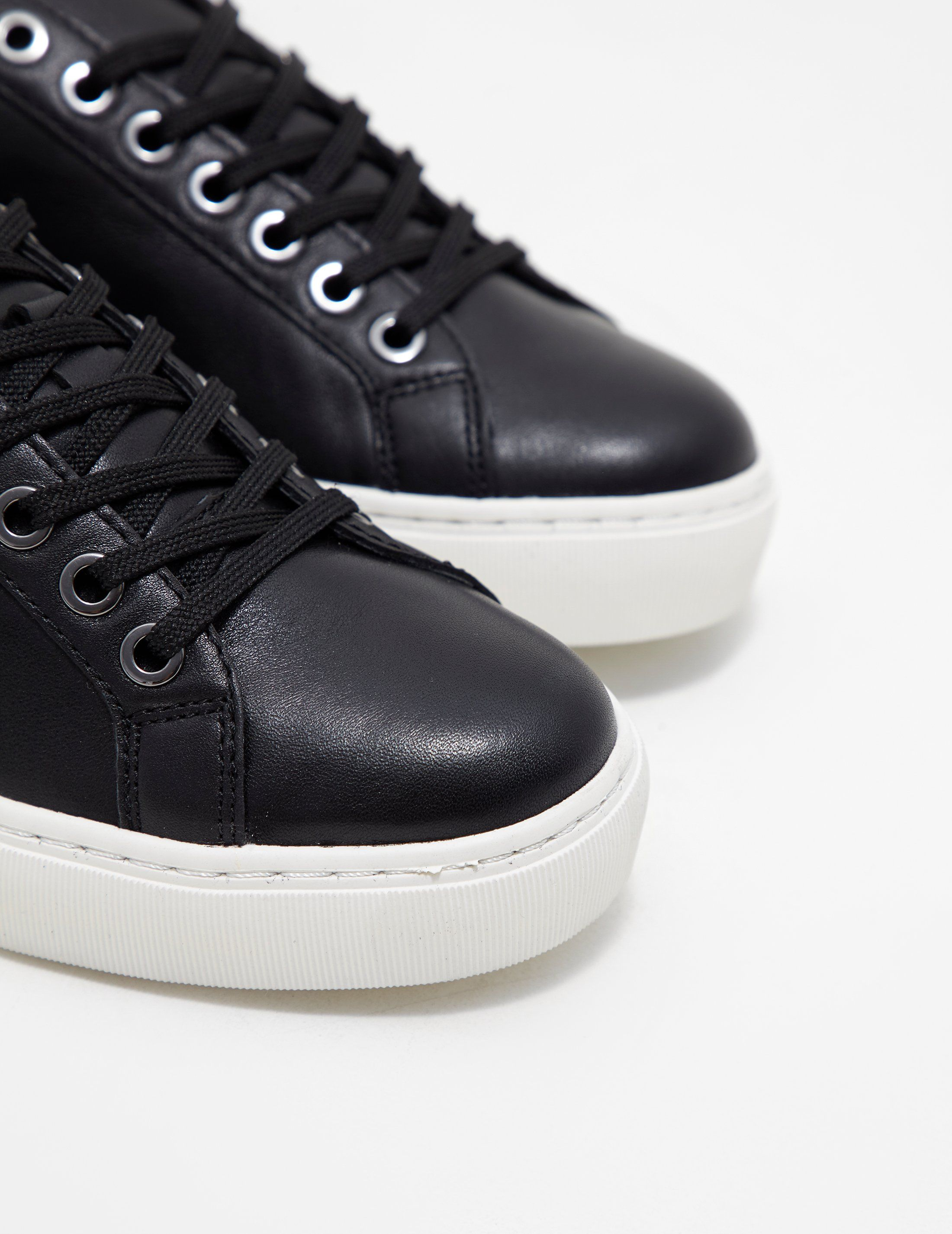 Karl Lagerfeld Signia Lace Trainers