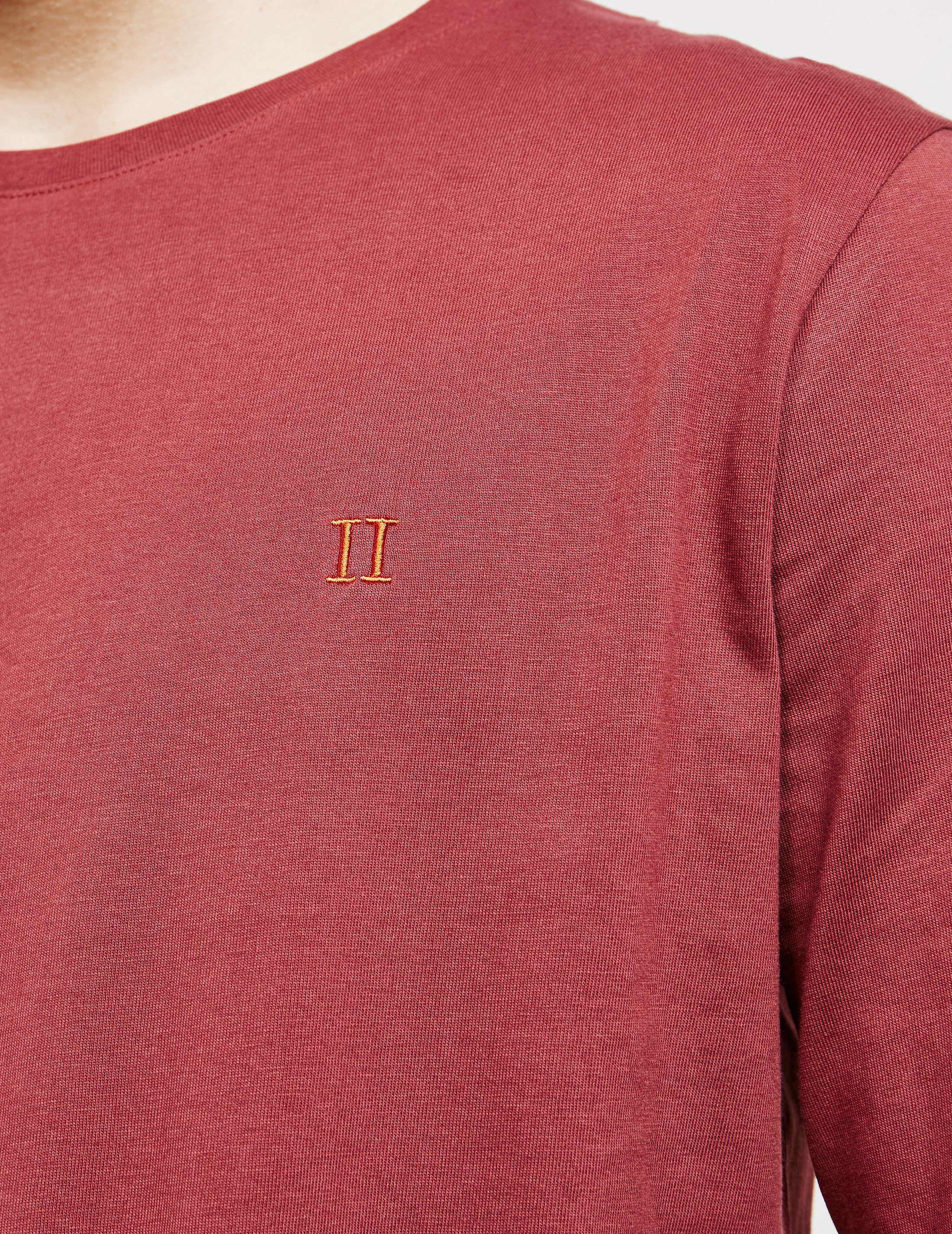 Les Deux Norgaard Long Sleeve T-Shirt