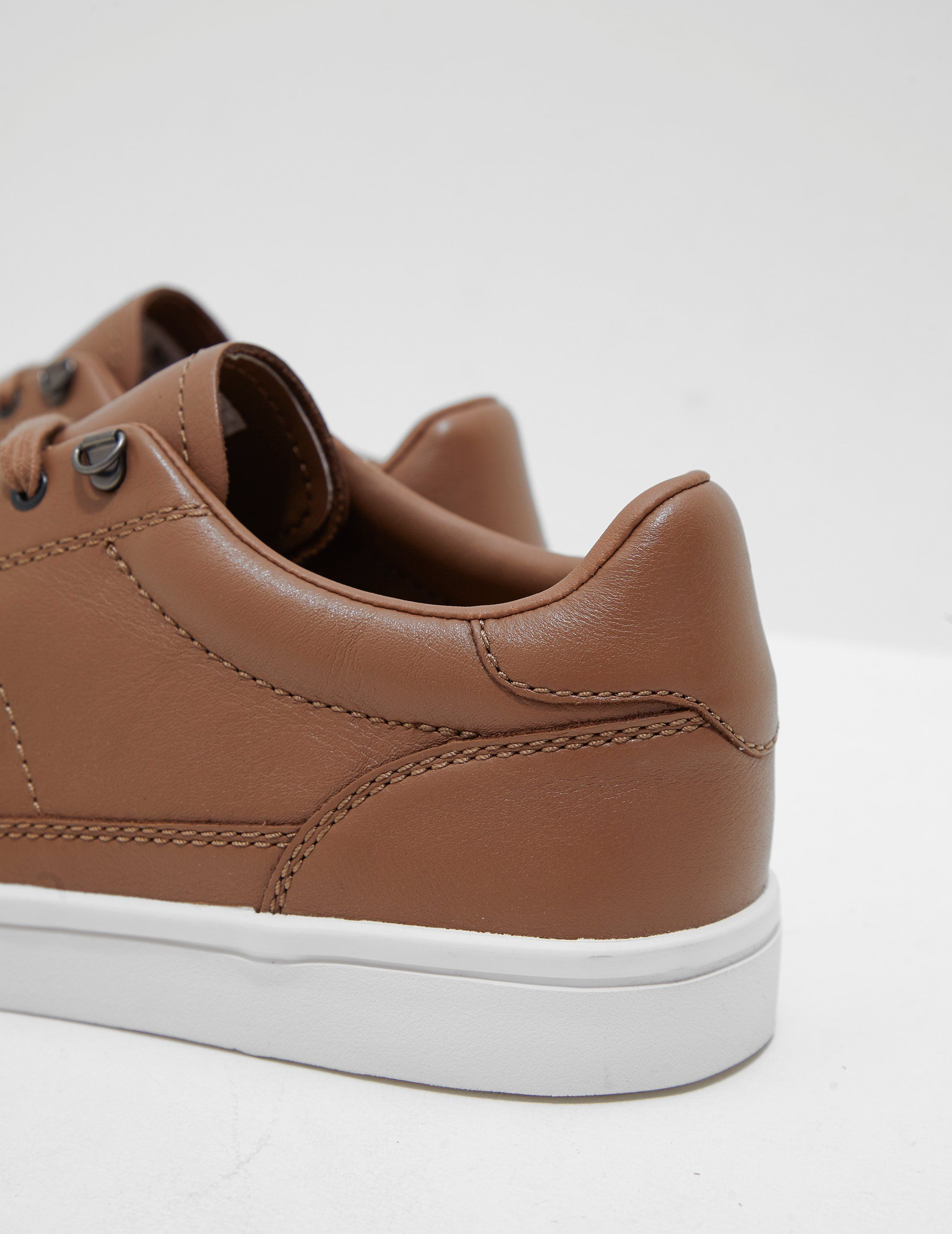 Fred Perry Deuce Leather Trainers - Online Exclusive