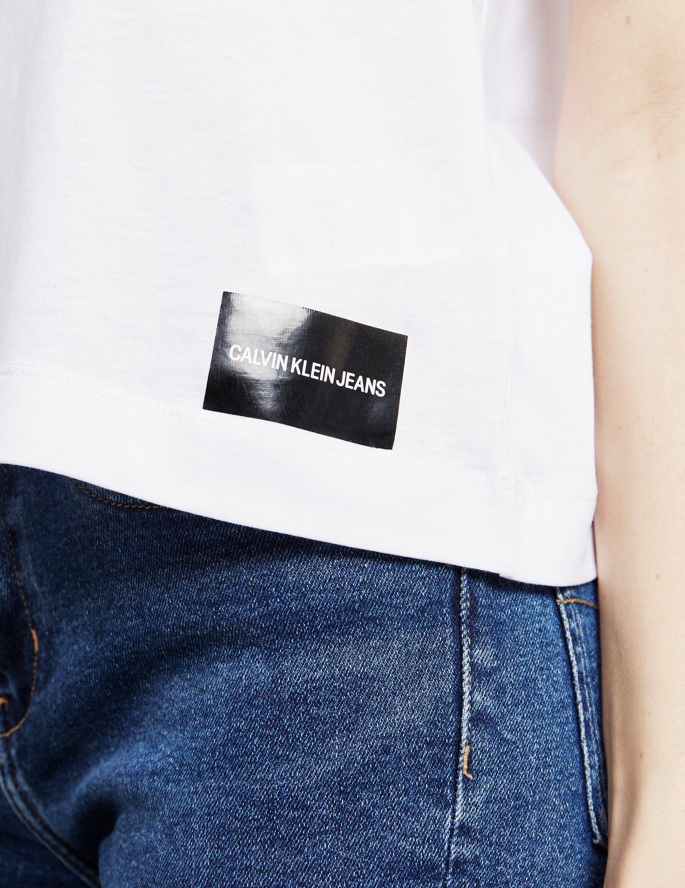 Calvin Klein Jeans Core Fit Short Sleeve T-Shirt - Online Exclusive