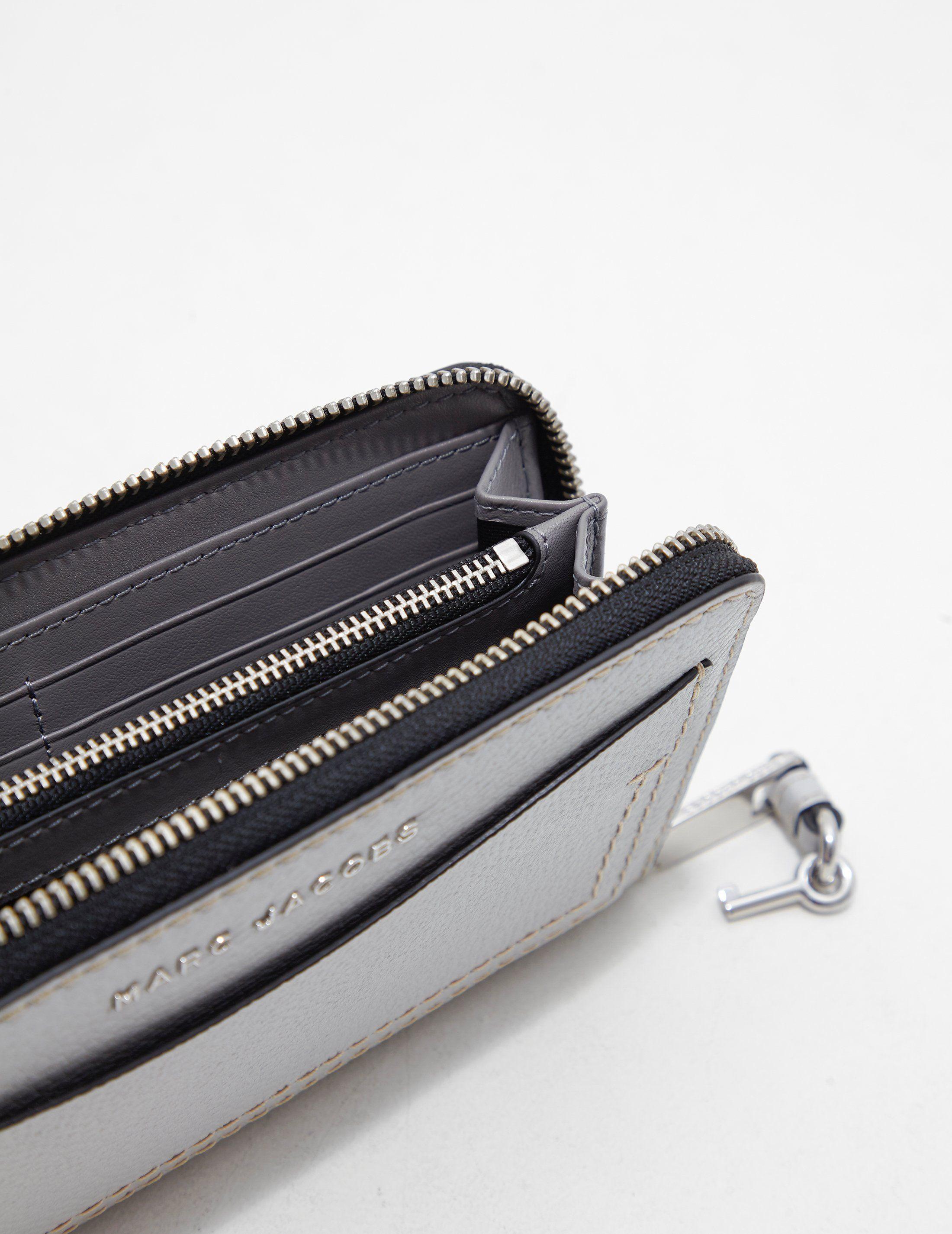 Marc Jacobs Standard Pocket Purse