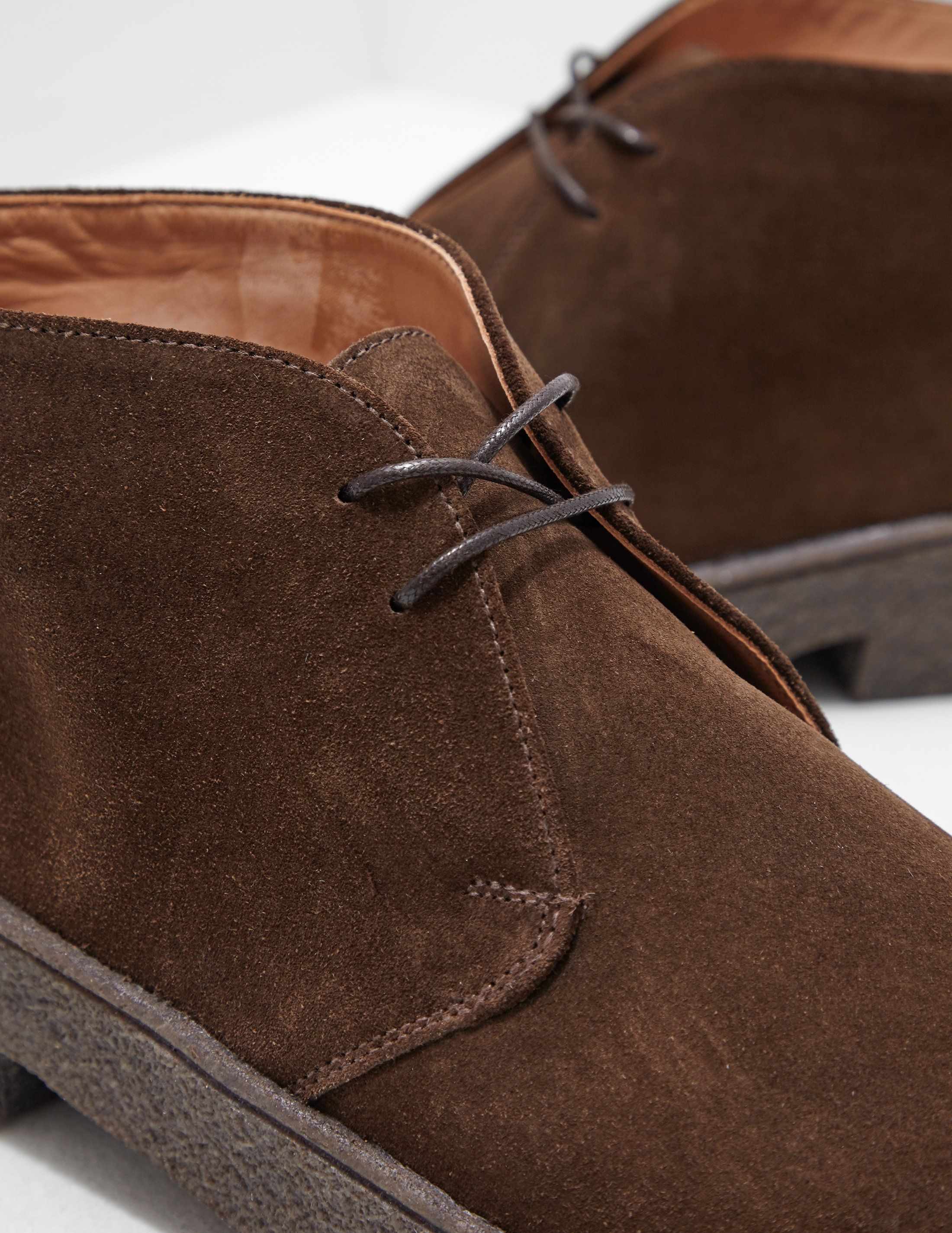 Sanders Crepe Chukka Boots
