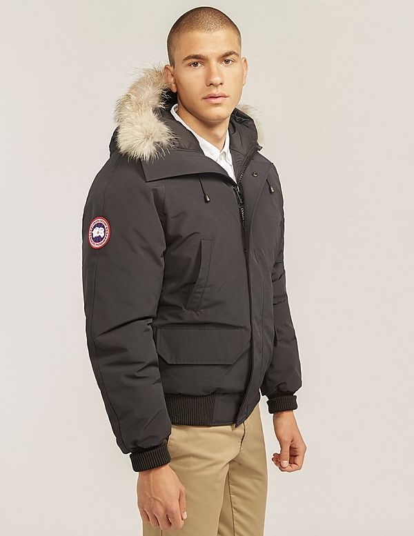 canada goose chilliwack bomber mens small