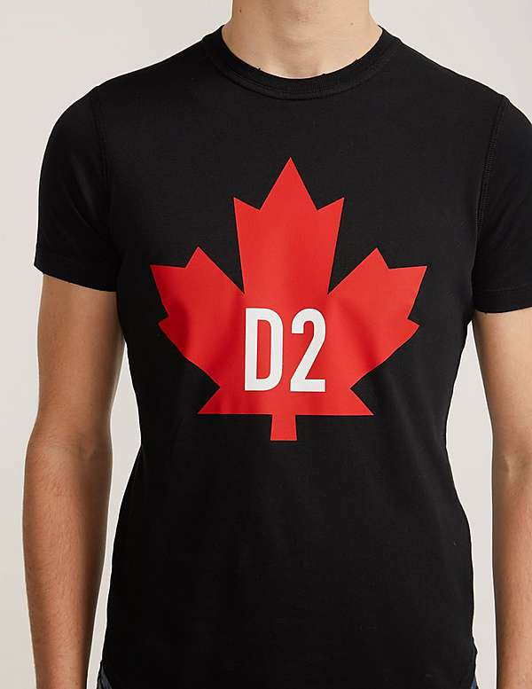 dsquared2 maple leaf short sleeve t shirt tessuti. Black Bedroom Furniture Sets. Home Design Ideas