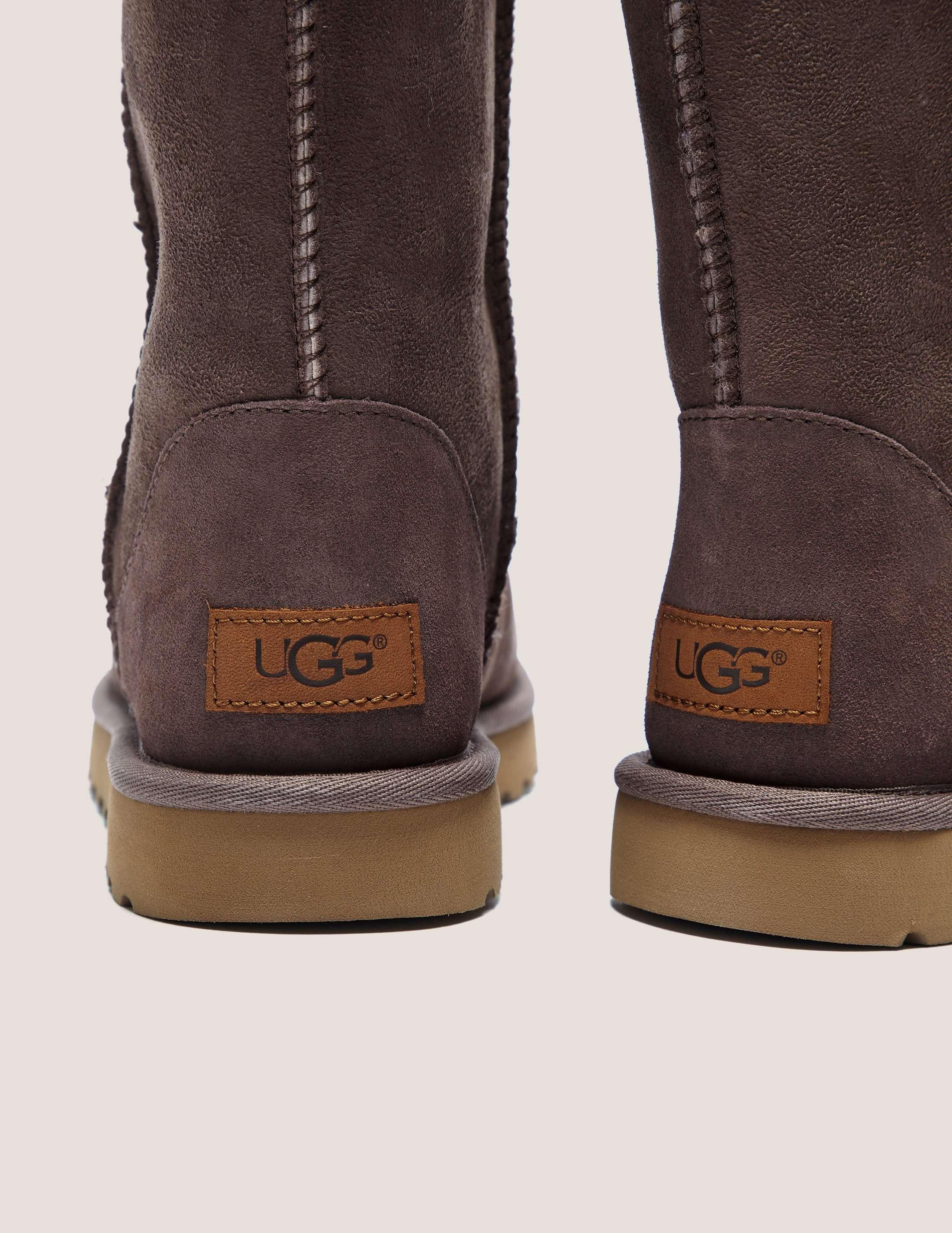 UGG Classic Short 2 Boot