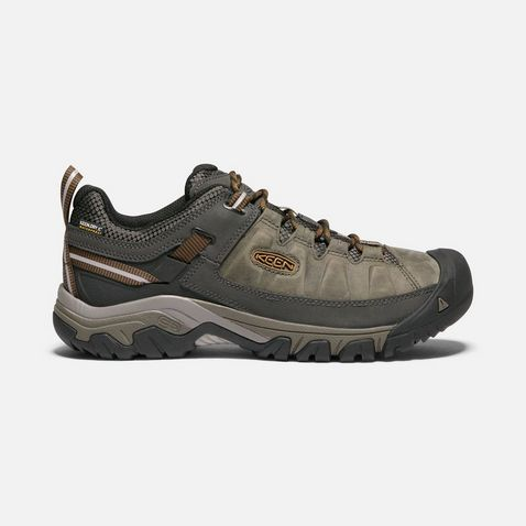 b7fca8c725ae Brown Keen Men s Targhee III Waterproof Hiking Shoes ...