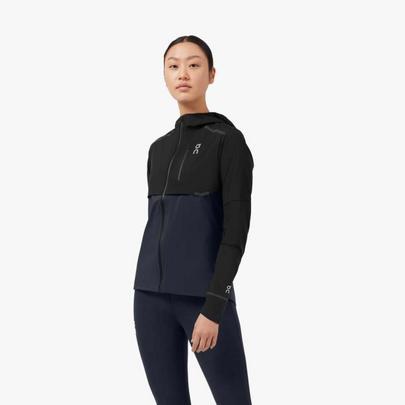On Women's Weather Jacket - Black / Navy