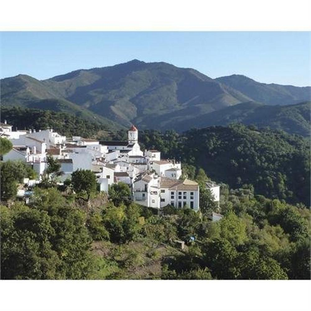 Cicerone Guide Book: Walking in Andalucia