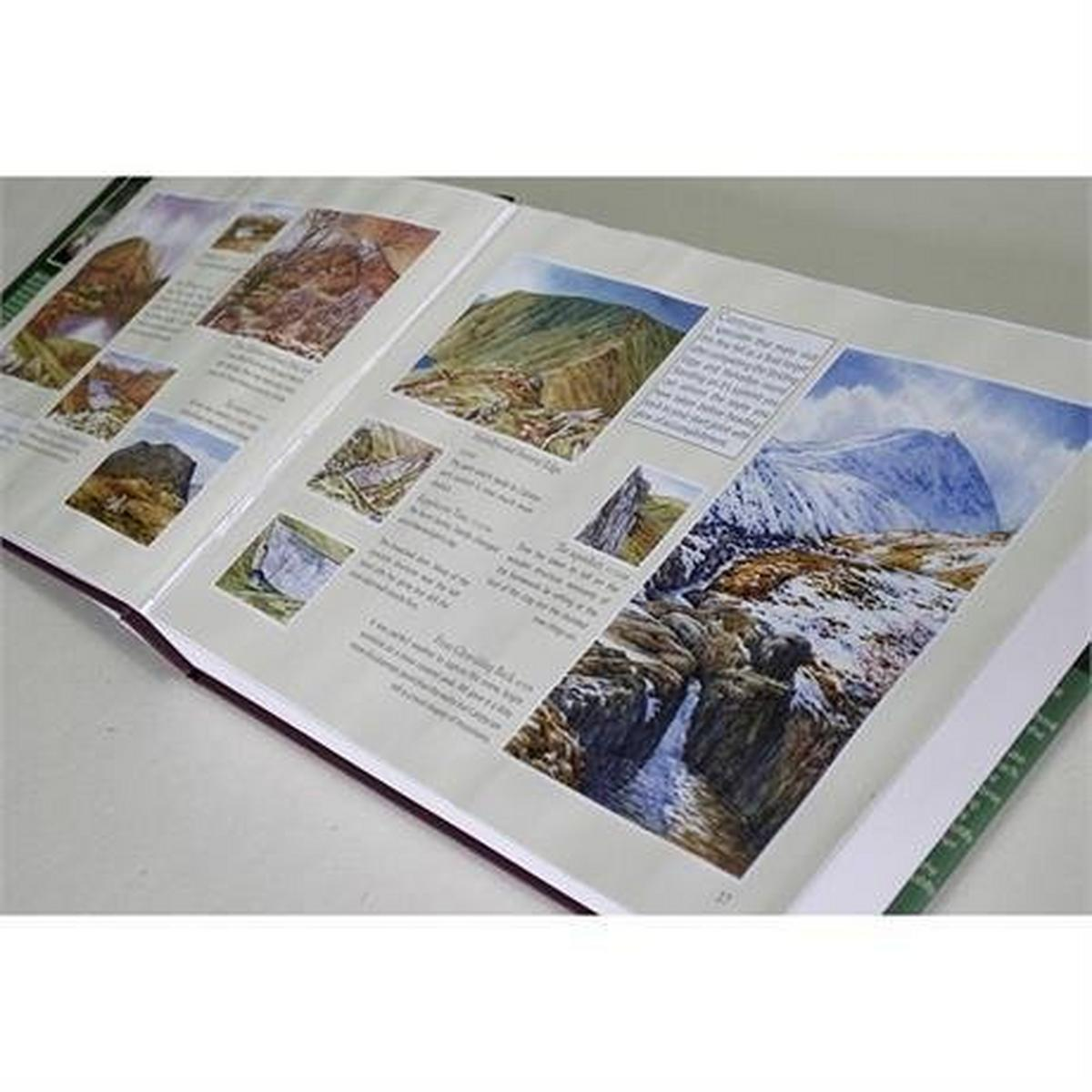 Miscellaneous Book: The Wainwrights in Colour: Andy Beck