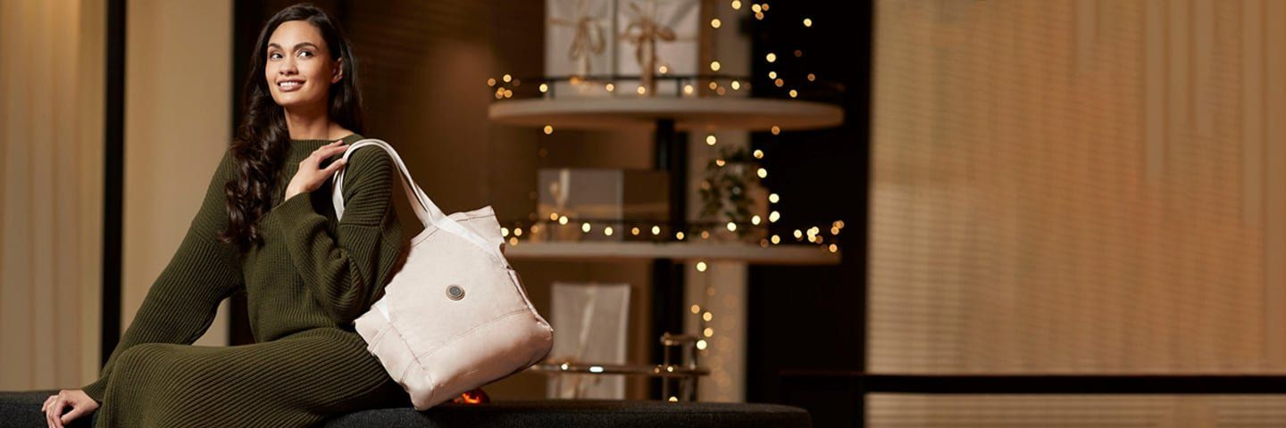 Start your gift shopping from home | Kipling