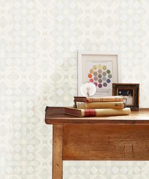 Simon Wallpaper in Chantilly Cream