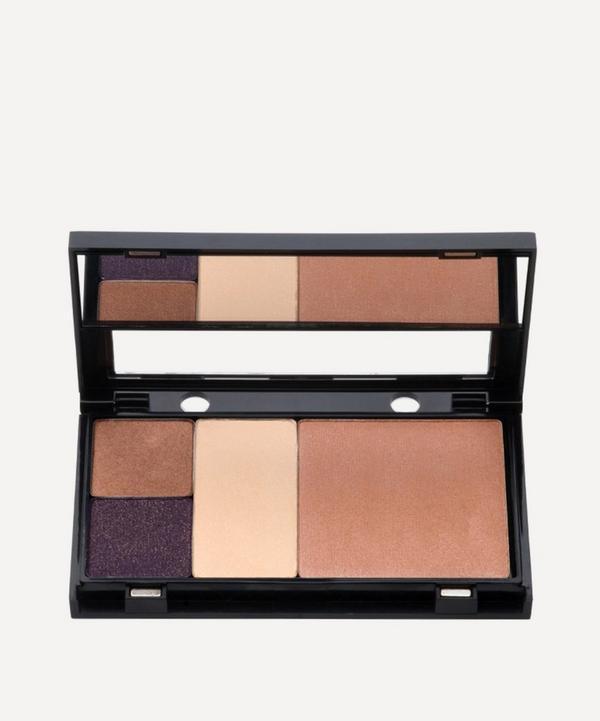 Trish McEvoy - Petite Makeup Wardrobing Page with Mirror