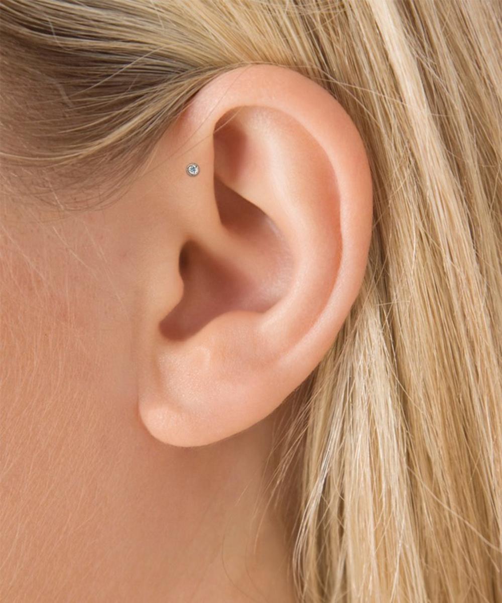 1.5mm Scalloped Set Diamond Threaded Stud Earring
