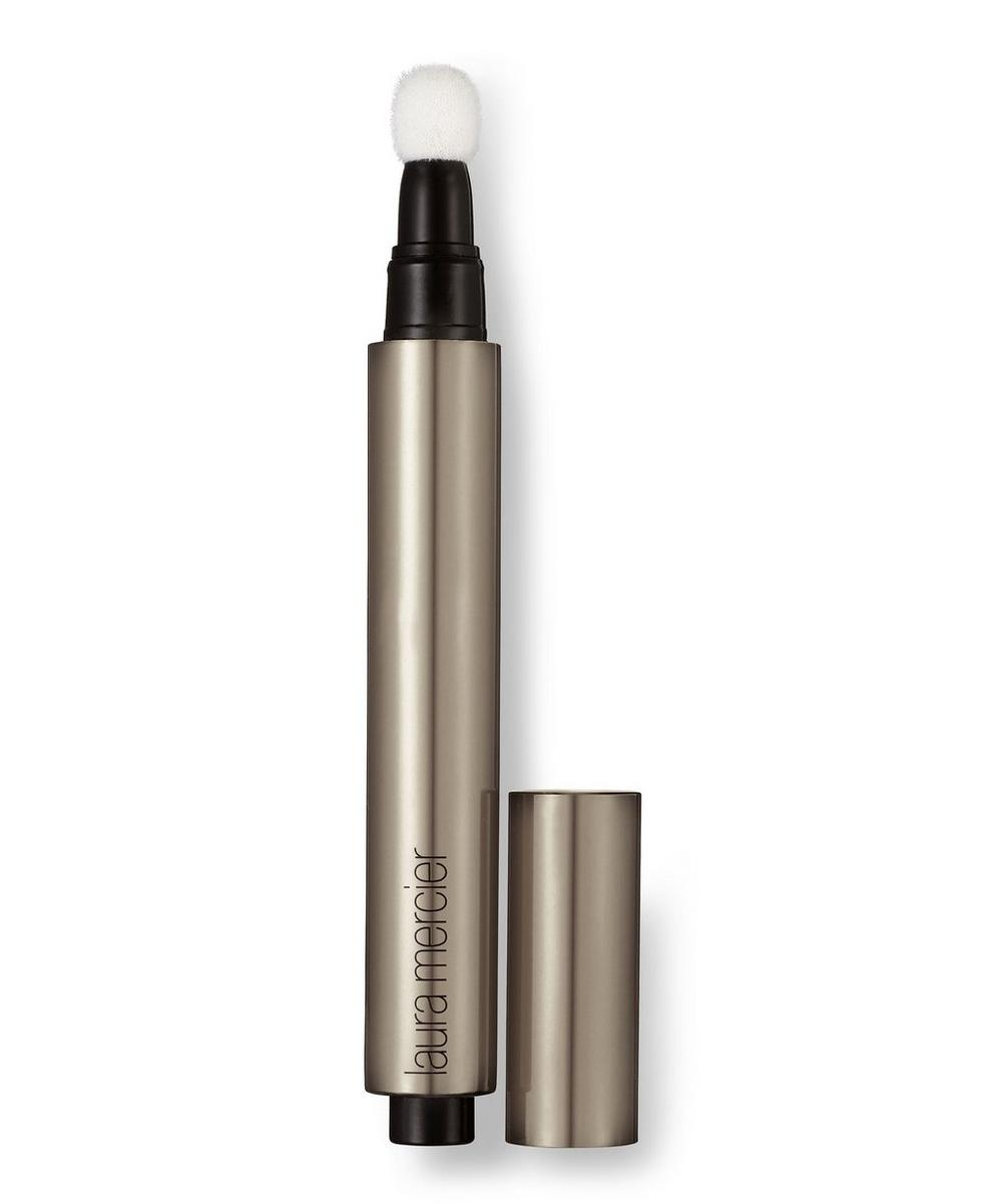 Candleglow Concealer And Highlighter in 4 2.2ml
