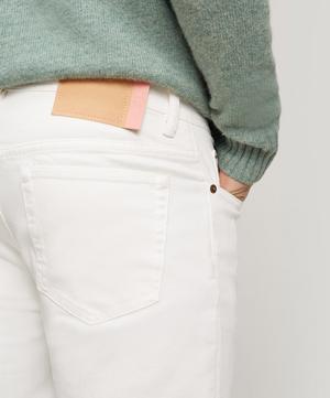 River White Jeans