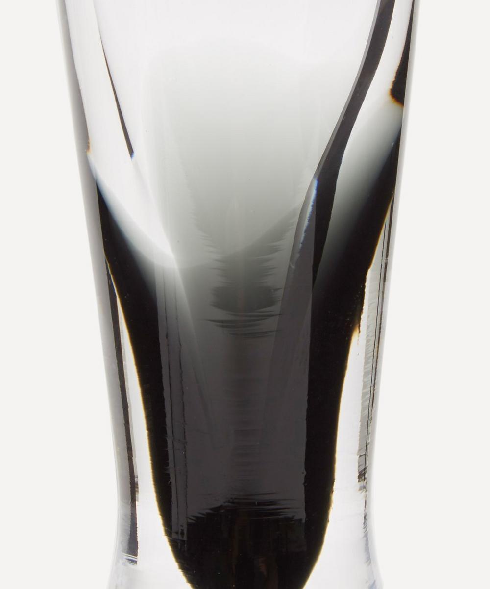 Black Tank Champagne Glasses Set