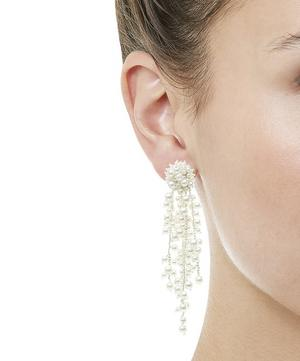 Runway Delicate Flower Chain Drop Clip-On Earrings